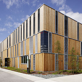 modern building with a wooden fassade ©Lakeside Park|J.Puch